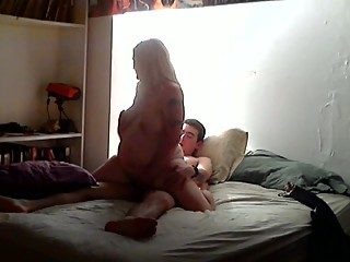 Wife fucks a stranger from the internet while hubby is out