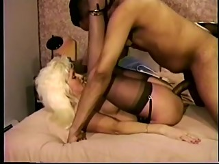 Mature Interracial Cuckold Squirts Creampie